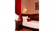 Doppelzimmer-mit-getrennten-Betten-5