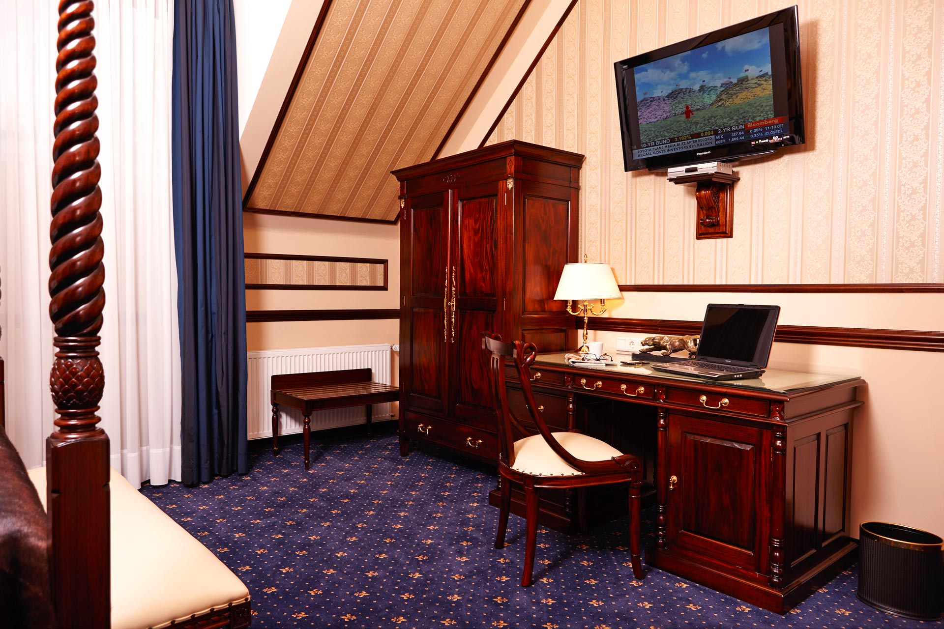 Classical Double Room